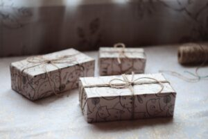 Why Handmade Wooden Gifts Are a Popular Choice?